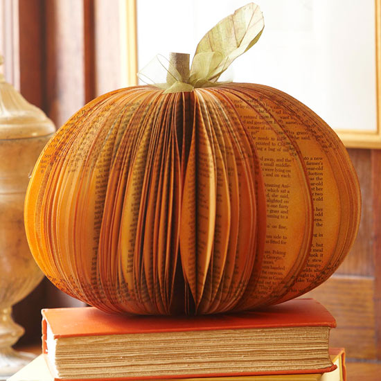 pumpking-and-book