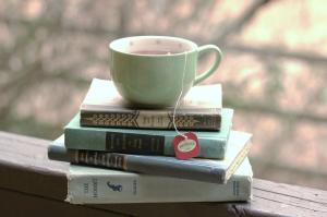 Books_and_tea